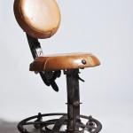 chaise rond de cuir II